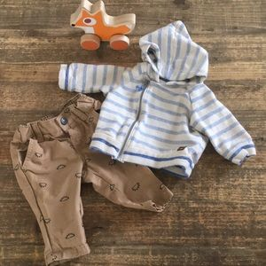 H&M baby boy outfit.  Hoodie and pants. 1-2 month.